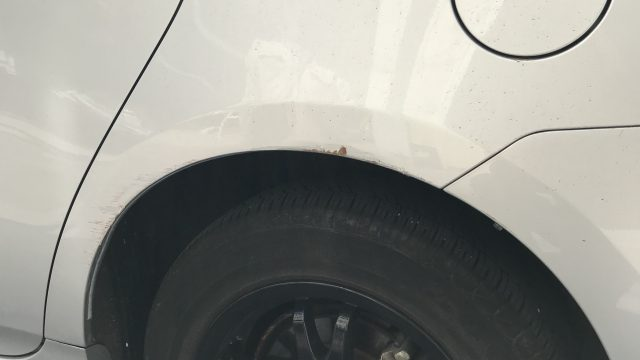 トヨタ プリウス リヤフェンダー修理 [見積書付き]