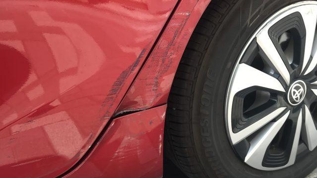 トヨタ プリウスPHV リヤフェンダー 、リヤドア修理