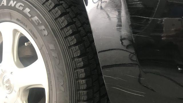 トヨタ RAV4 リヤフェンダー、リヤドア リヤバンパー修理