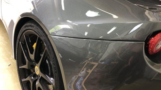 ロータス エヴォーラ GT410 リヤフェンダー リヤバンパー修理 [見積もり書付き]