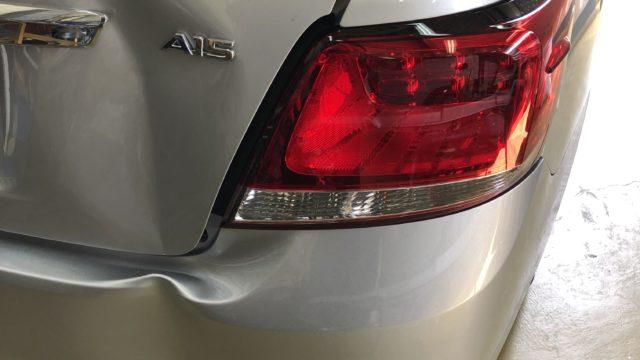 トヨタ アリオン トランク バンパー交換