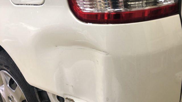 トヨタ ノア リヤフェンダー修理 バンパー交換
