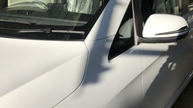ベンツ V220d エンブレム塗装 ミラー塗装
