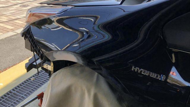 トヨタ プリウス フロントフェンダー修理 フロントバンパー交換
