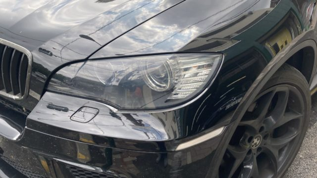 BMW X6 フロントバンパー フロントフェンダー修理