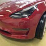 テスラ モデル3 フロントバンパー修理
