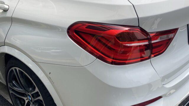 BMW X4 リヤバンパー修理